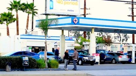 juan vincent at gas station